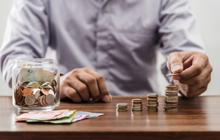 Deciding Whether to Take a Pension Lump Sum: The 2 Opposing Methods