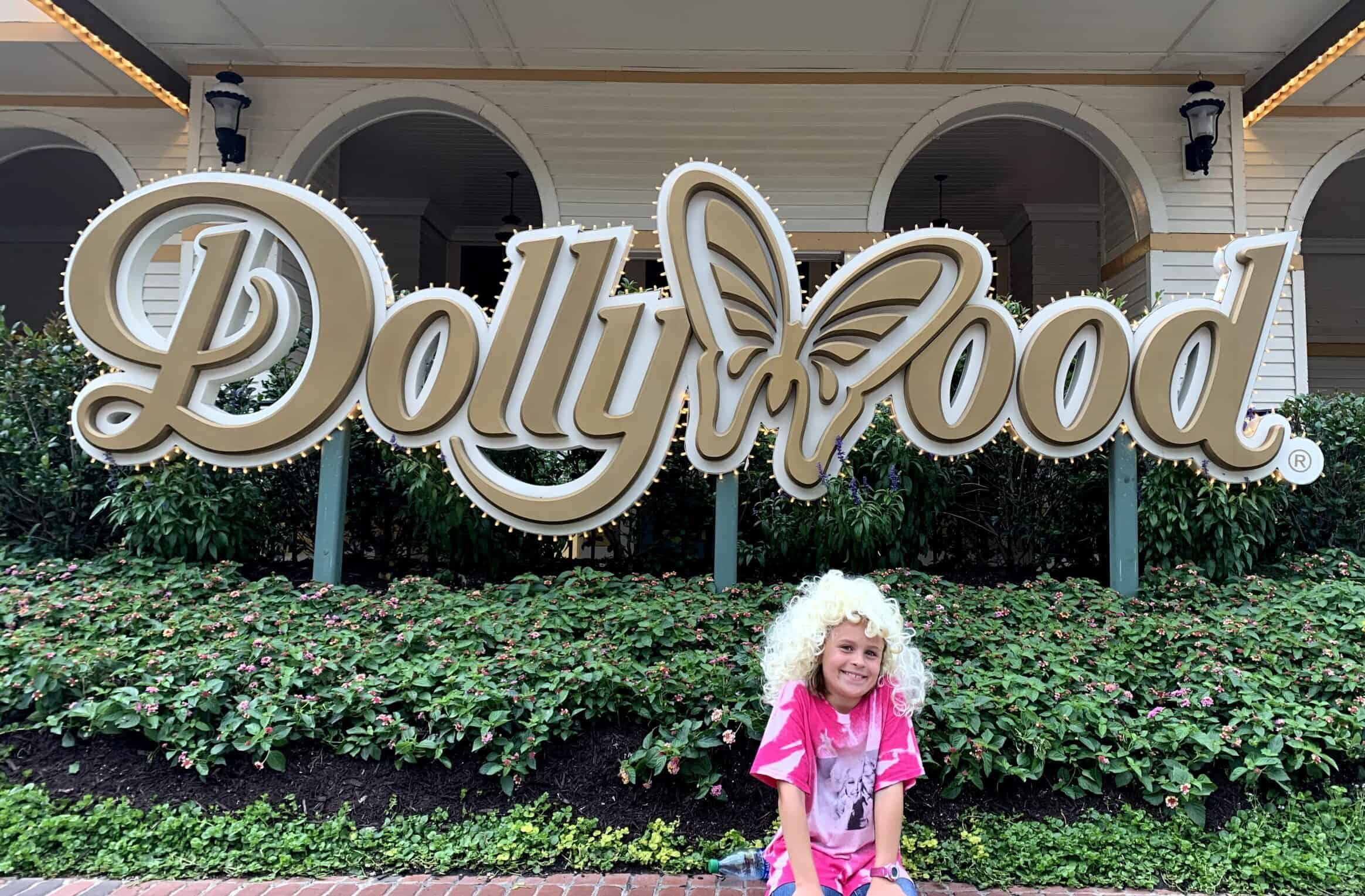 Road Trip stop in Dollywood